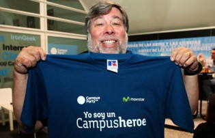 wozniak en la campus